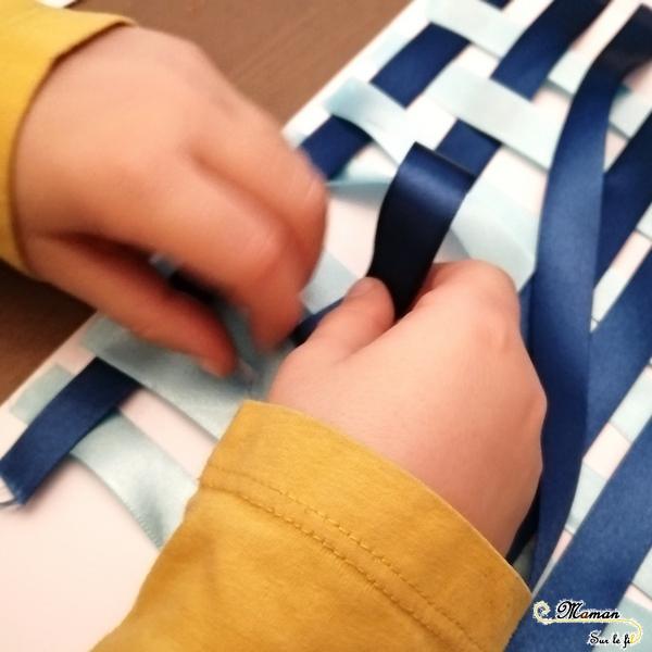 Activité enfants - Epiphanie - Galette des rois en rubans tressés brodés - motricité fine - RV sur le fil - tableau et arts visuels Maternelle - mslf