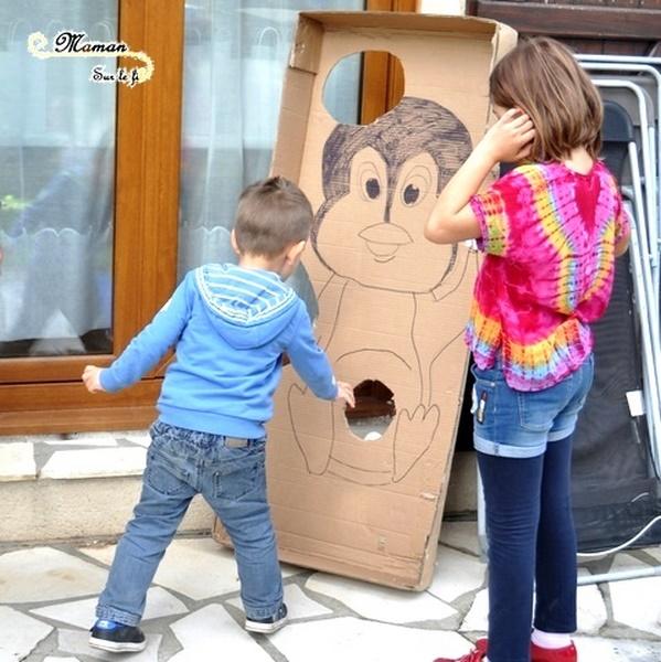 Activités anniversaire enfants thème banquise et pingouins - boules de neige à lancer dans pingouin géant - igloo en playmais - Neige - mslf