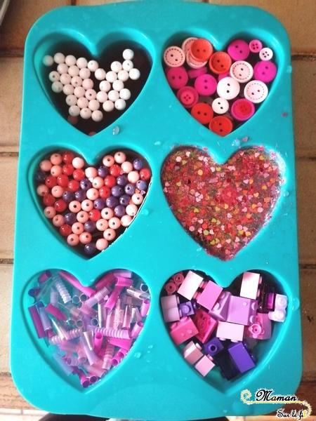 Glaçons coeurs de l'amour de la saint-Valentin - activité enfants - Sensoriel - Amitié - couleurs rose rouge violet - libérer objets - froid - glace - motricité fine - RV sur le fil - mslf