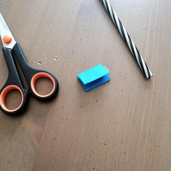 Activité enfants - Faire une course de chenilles - Bricolage DIY - Souffler à la paille - rapidité mouvement - patience - printemps - Jeu fait maison - mslf