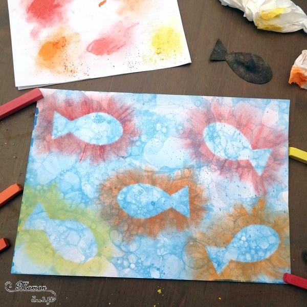 Aquarium, mer en peinture aux bulles - contours de poissons aux pastels - Poissons et été - Fonds marins - arts visuels maternelle - activité enfants - mslf