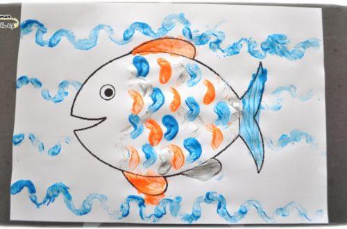 Activité Enfants été et premier avril - Peinture Poisson avec une carotteEcailles et vagues - Art visuel Maternelle - Activité créative - mslf