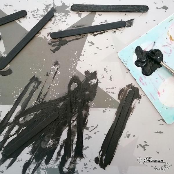 Activité créative et manuelle enfants - Fabriquer des petits tableaux aux couleurs des animaux de la savane - Pelage zèbre, girafe et guépard - Peinture et bâtonnets de glace en bois - Récup et bricolage - Tâches, points et rayures - Jeu sur couleurs et noir - Deux façons - Graphisme - créativité - DIY - Fait maison - Afrique et Kenya - Découverte d'un pays - Espace et géographie - arts visuels et atelier maternelle et Cycles 1, 2 ou 3 - Eté - mslf