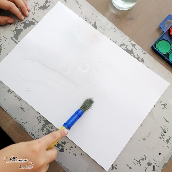Activité créative et manuelle enfants - Peindre des petits carrés créatifs aux couleurs de la savane au coucher du soleil - Animaux et Arbre - Peinture à la raclette et aquarelle - Girafe, Eléphant, Zèbre, Guépard, Lion - Découpage - Collage - Techniques de peinture - Jeu sur couleurs et noir - Deux façons - créativité - DIY - Fait maison - Afrique et Kenya - Découverte d'un pays - Espace et géographie - arts visuels et atelier maternelle et Cycles 1, 2 - Projet collaboratif pour les services pédiatriques des hôpitaux - Eté - mslf