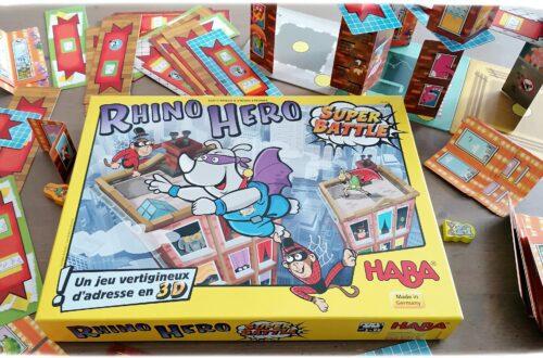 Jeu de société Rhino Hero Super Battle de Haba - Jeu d'adresse et d'équilibre en 3D - Constructions géantes - animaux de la savane - Afrique et Kenya - Rhinocéros, Girafe, Singes, Elephant, Pingouins - Motricité fine, habilité, coordination oeil-main - 5 ans et plus - Test et avis - mslf
