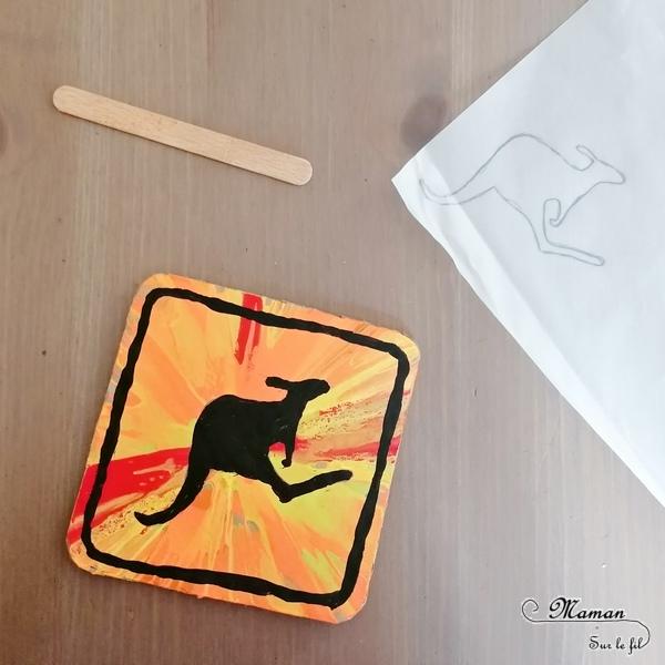 Activité créative et manuelle enfants - Panneau australien Attention aux passages de kangourous - Récup' carton et bâtonnet de glace - Peinture à l'essoreuse à salade - Peinture et dessin au papier calque - Animaux d'Australie, de la steppe et de la savane - Créativité - Océanie et Australie - Découverte d'un pays - Espace et géographie - arts visuels et atelier maternelle , Cycle 1, 2 et 3 - Eté- - mslf