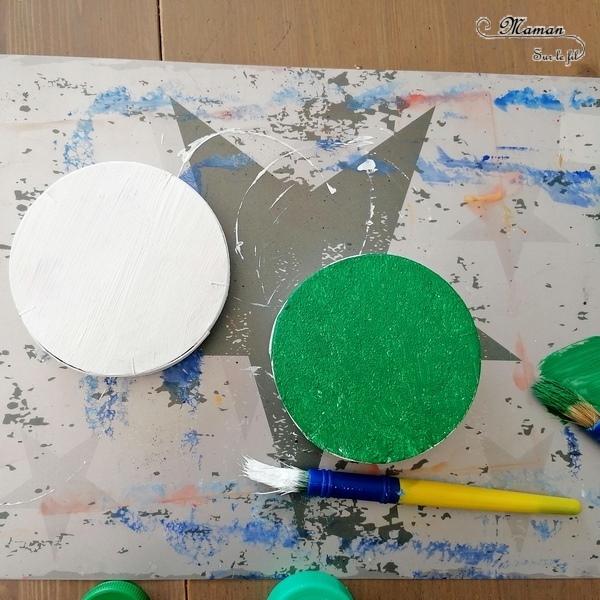 Activité créative et manuelle enfants - Bricolage Récup' Land Art et Nature - Tortues marines de Mary River en Australie - Boite de camembert, bouchons, yeux mobiles, peinture et herbe - DIY - Eté - Créativité - arts visuels en relief et atelier maternelle, Cycle 1, 2 et 3 - Bricolage, décoration DIY - Fait Maison - mslf