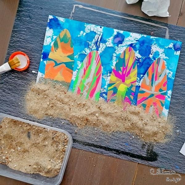 Activité créative et manuelle enfants - Fond de mer à l'encre au marteau - Surfs en carton et peints à essoreuse à salade - Sable, plage et mer - Thème été - Océan - Peinture - Créativité - Océanie et Australie - Découverte d'un pays - Espace et géographie - arts visuels et atelier maternelle, Cycle 1, 2 et 3 - Eté - mslf