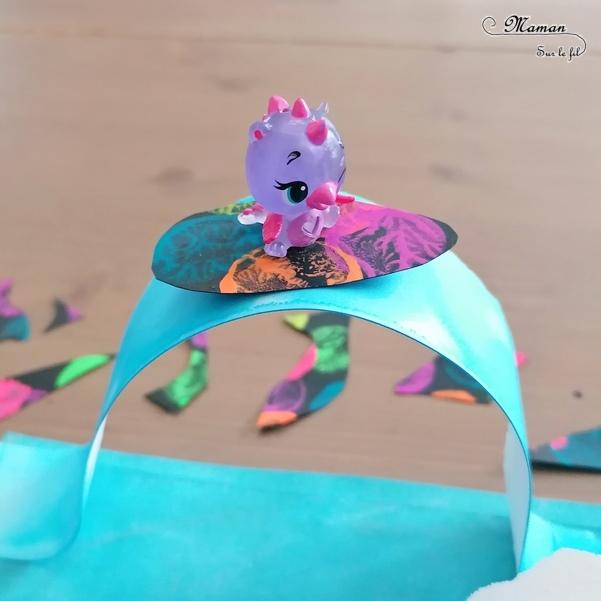 Activité créative et manuelle enfants - Mer, océan et vagues en 3D en papier déchiré et peint à l'encre - Surfs noirs en peinture fluo au bouchon - Surfeurs Hatchimals - Découpage collage - Océan et barrière de corail - Peinture - Créativité - Océanie et Australie - Découverte d'un pays - Espace et géographie - arts visuels et atelier maternelle, Cycle 1, 2 et 3 - Eté - mslf