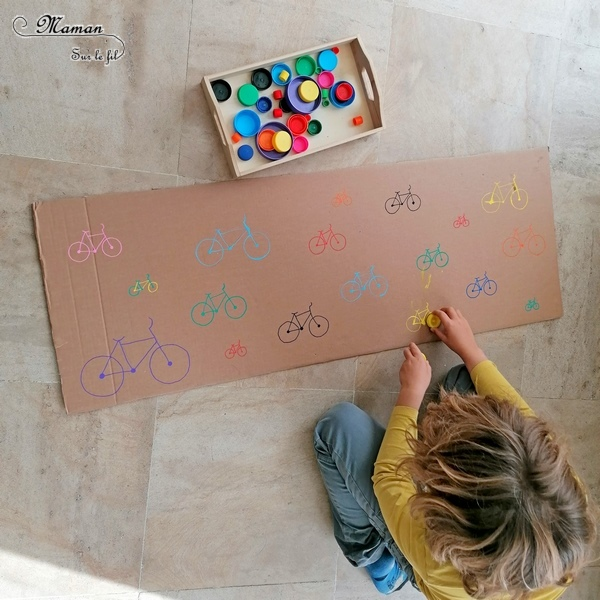 Activité manuelle enfants - Jeu DIY en récup' autour des vélos - Puzzle - Remets les roues au bon endroit en fonction de leur couleur et leur taille - Carton et bouchons de bouteilles - Travail autour des cercles, des couleurs et de la discrimination visuelle - Bricolage géant - Educatif et pédagogique adaptable - Fait maison - recyclage - Créativité - Europe - Pays-Bas, Hollande, Néerlandais - Amsterdam - Découverte d'un pays - Espace et géographie - atelier Cycle 1 ou 2 - Maternelle - mslf